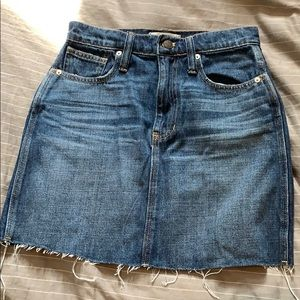 Madewell denim mini skirt - dark wash